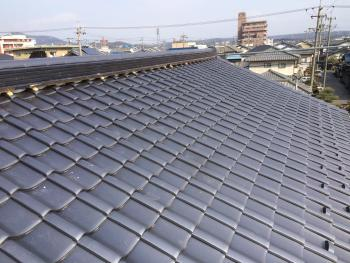 年数の古い屋根で、屋根自体を心配していましたが、お値打ちに葺き替えができて良かった。